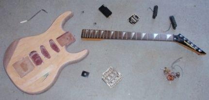 Als deze droom niet uitkomt zou ik mijn eigen gitaarmerk willen maken en het op de markt brengen.