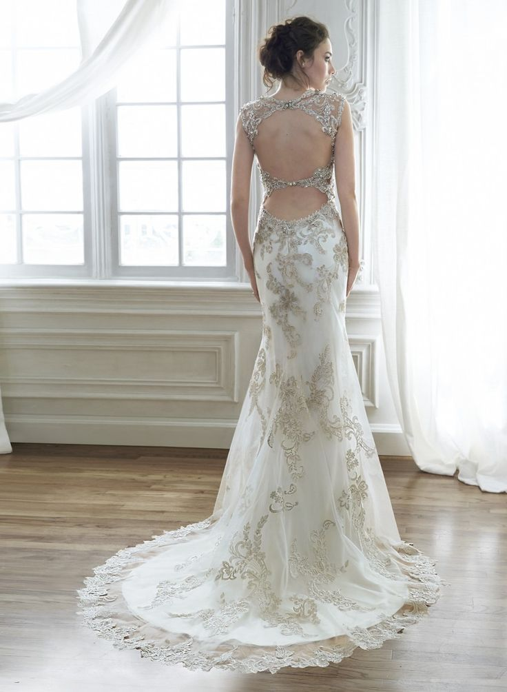 Wedding Dress 8418 - Dominique Levesque Bridal