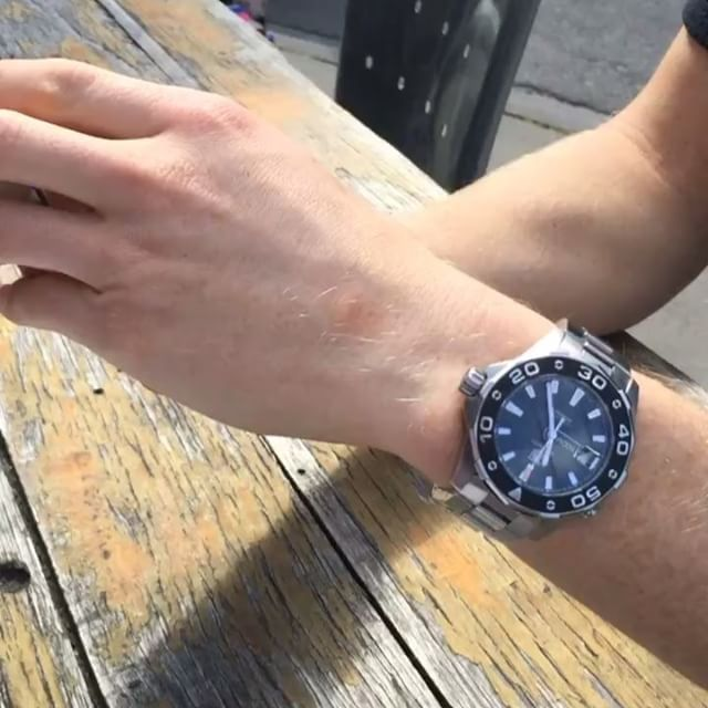 Talking to Hawks defender @docduryea and @andygreenlive about how there IS an engagement ring for a guy. It's called a watch. Good luck tonight Doc and, on the same token, wishing the @westernbulldogs a cracking game! ️ #hawthornfc #westernbulldogs