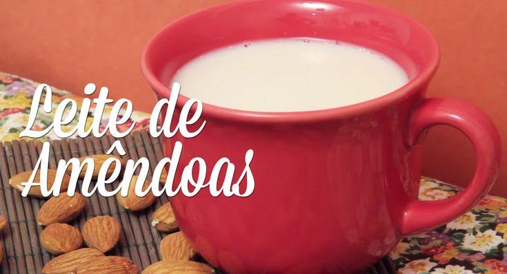 O leite de amêndoas é um leite bem leve, gostoso, pode ser usado como substituto do leite de soja em várias receitas (como bolos, caldos, vitaminas) e na minha opinião fica até melhor, por ele ser levinho assim, sem aquele gosto marcante que a soja tem.