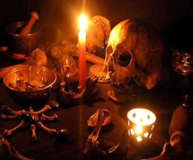 What Are The Symptoms Of Black Magic It S Significance Love Problems Black Magic Black Magic Spells