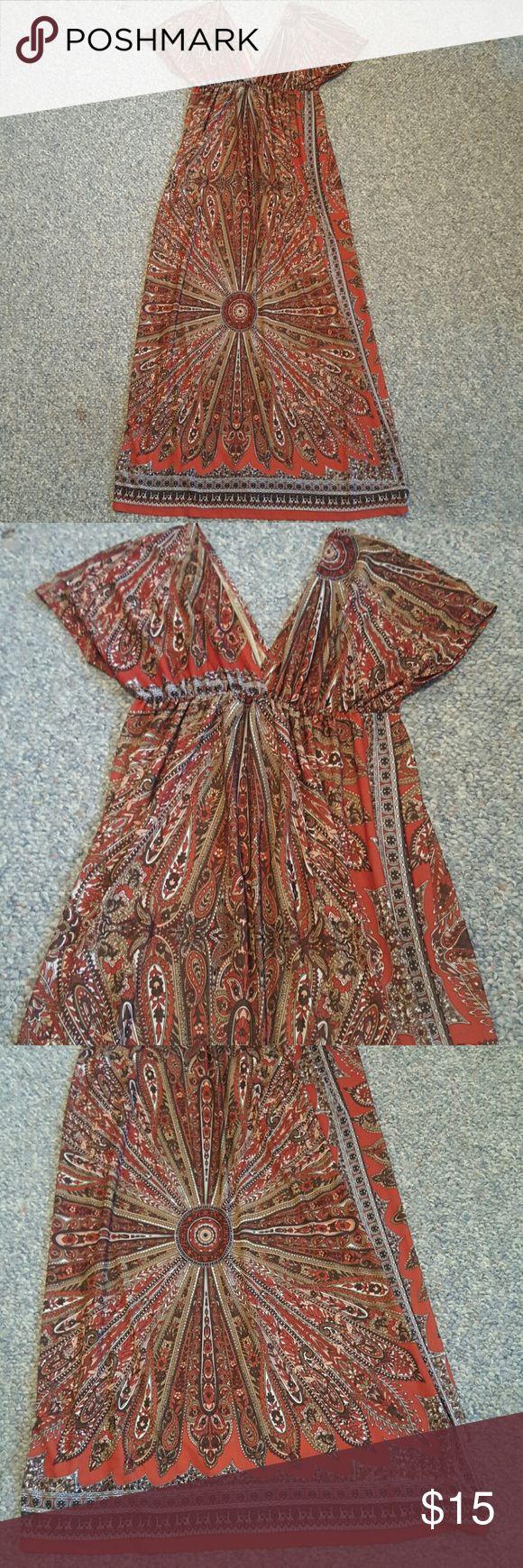 Body Central Maxi Dress Cute aztec-print maxi dress. Body Central Dresses Maxi