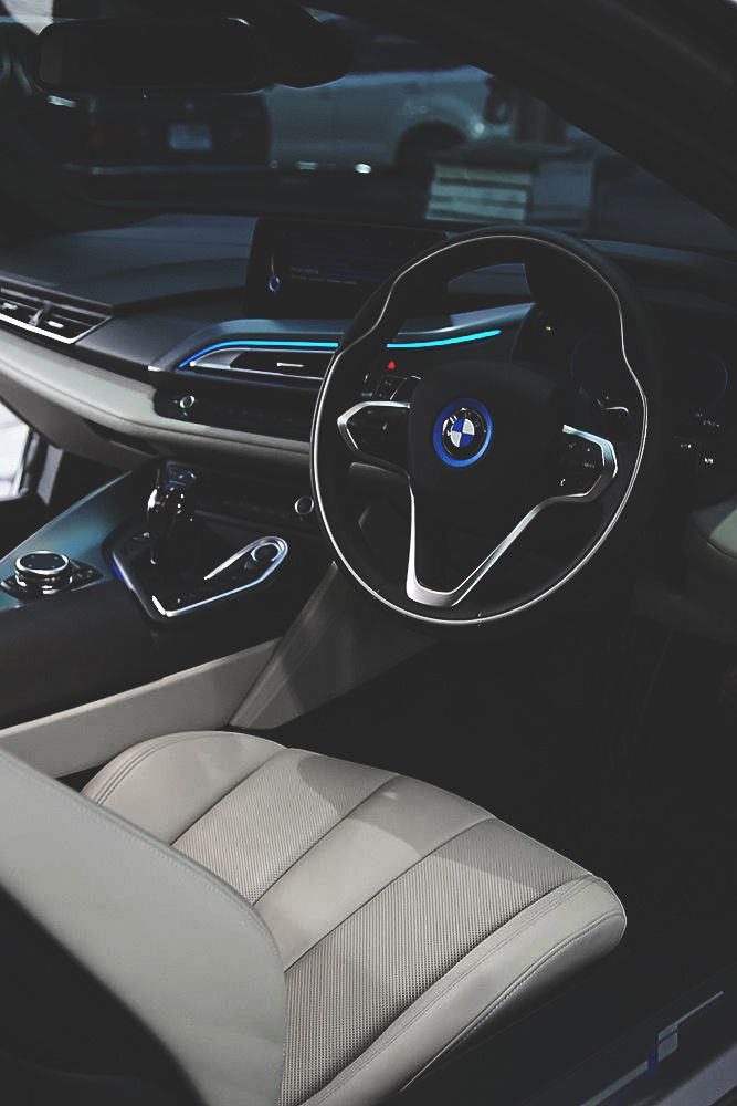 Superior Luxury — draftthemes:   envyavenue:  BMW i8   Follow us on...