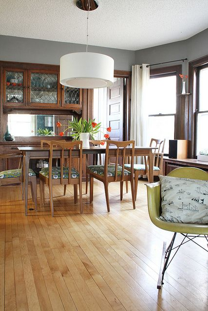 The dining room that looks so much like my grandma's, complete with a teak mid-century modern dining set // Deuce Cities Henhouse