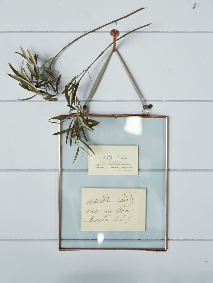 Delicate Hanging Glass Frame - Copper