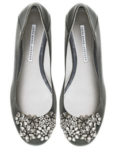 Vera Wang jeweled flats: Vera Wang, Ballet Flat, Wang Flats, Wedding Shoes, Gray Flats, Wang Jeweled, Flat Shoes, Shoes Shoes, Jeweled Flats