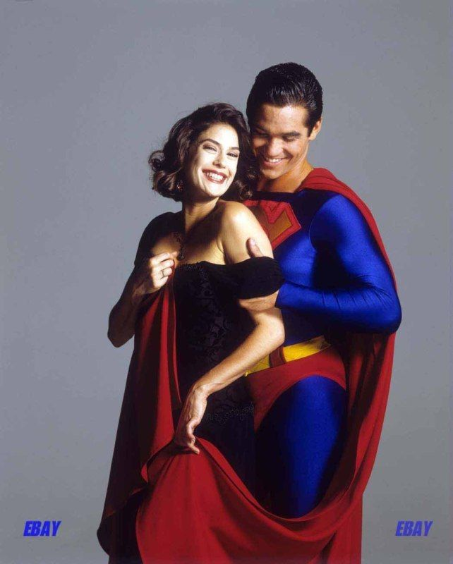 lois and clark promotional photos | Teri Hatcher shows off ...
