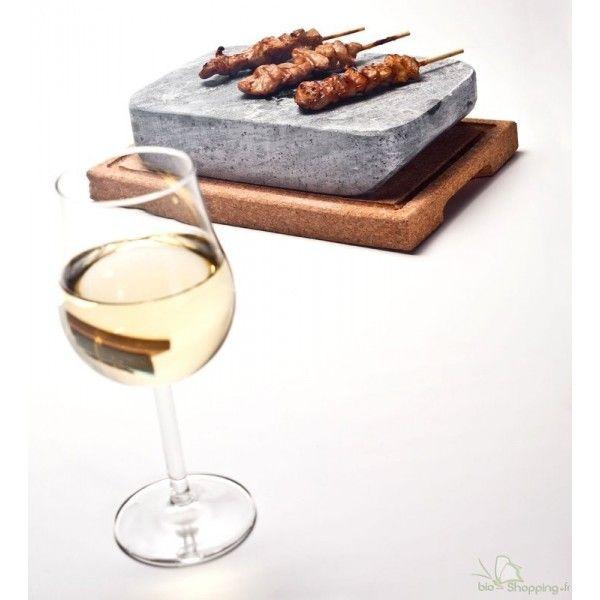 Le steksten en pierre ollaire est très utile pour faire cuire sainement les aliments