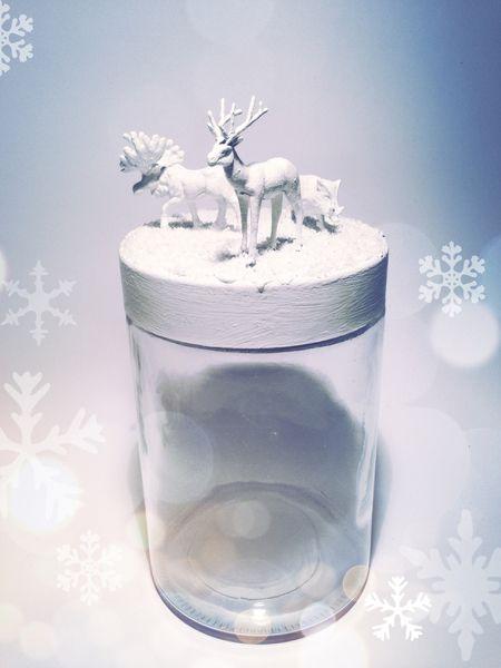 Waldtiere+im+Schnee+/+Keksdose+von+CleanSweepStuff+auf+DaWanda.com