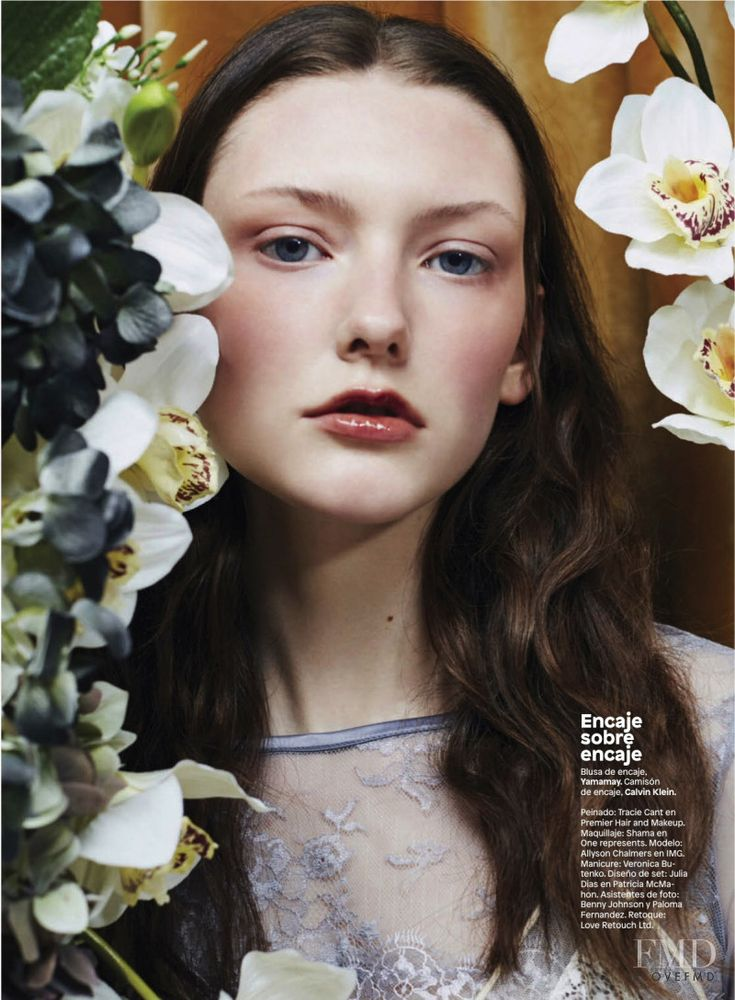 Secreta Intencion in Glamour Mexico/Latin America with Allyson Chalmers - (ID:46910) - Fashion Editorial   Magazines   The FMD #lovefmd