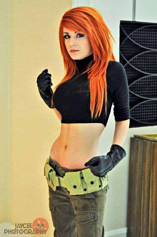 Impossibly Good Kim Possible Cosplay --- except her shirt was longer and I don't think she wore eyeliner but otherwise extremely good cosplay