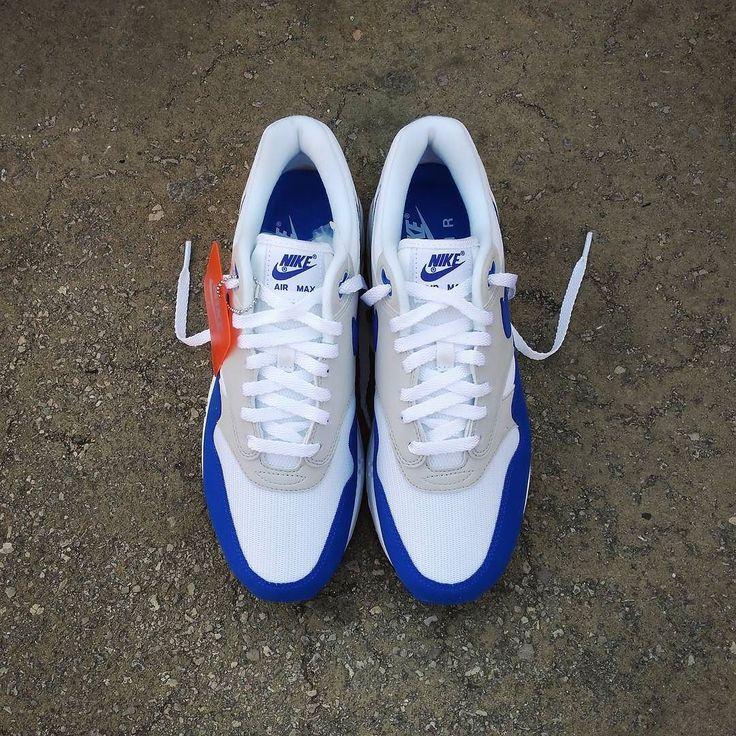 Nike Air Max 1 Anniversary Retro OG Blue. (Spain Envíos Gratis a Partir de 99) http://ift.tt/1iZuQ2v  #loversneakers#sneakerheads#sneakers#kicks#zapatillas#kicksonfire#kickstagram#sneakerfreaker#nicekicks#thesneakersbox #snkrfrkr#sneakercollector#shoeporn#igsneskercommunity#sneakernews#solecollector#wdywt#womft#sneakeraddict#kotd#smyfh#hypebeast#nikeair#airmax1#am1 #nike #airmax