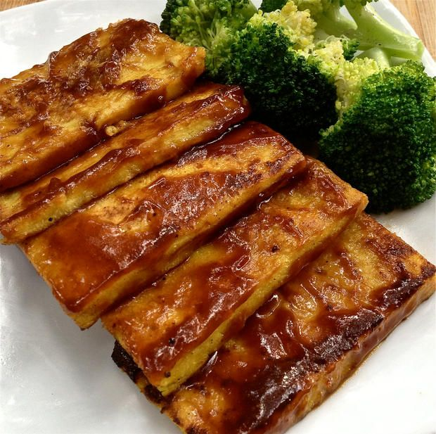 If you are soy intolerant or if you are trying to avoid soy this recipe is perfect for you. Burmese tofu or Shan tofu is so easy to make and the great thing ab