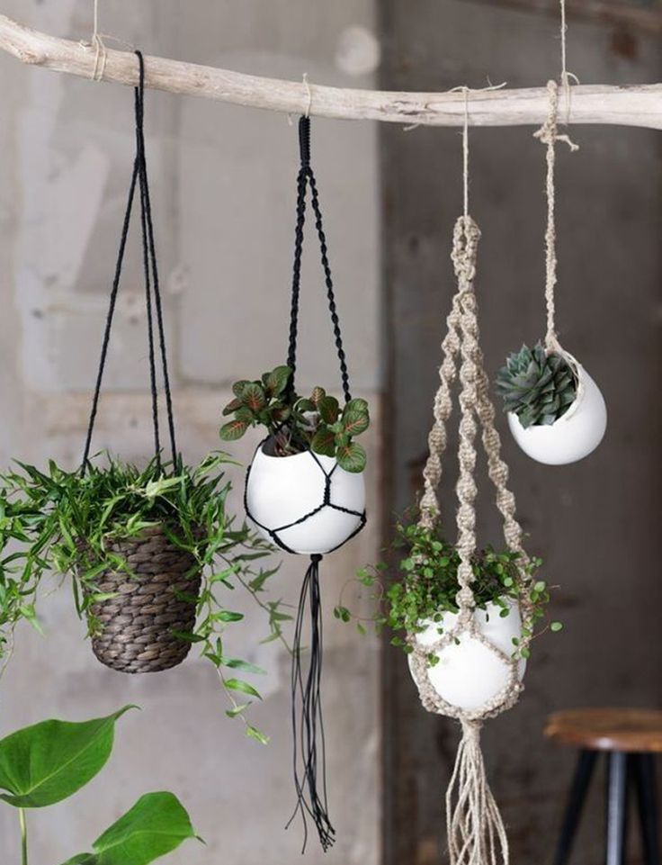 20 DIY Macrame Plant Hanger Patterns   DesignRulz.com