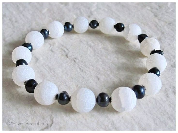White Frosted Dragon's Vein Agate, Black Freshwater Pearl & Sterling Silver Bracelet from Silver Sensations. This beautiful stretch bracelet has stunning genuine black pearls. Handmade in UK. - £13.90 + P & P