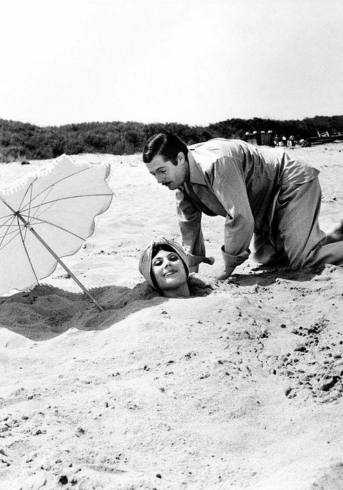 Marcello Mastroianni and Stephania Sandrelli in Divorzio all'italiana (Pietro Germi, 1961)