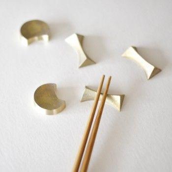 Chopstick restsDoors Brass, Brass Rods, Rest Design, Tabletop, Futagami Brass, Oji Masanori, Chopsticks Rests Lov, Chopsticks Holders, Brass Chopsticks