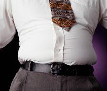 Gli ultimi dati sono allarmanti. Non stiamo parlando di terrorismo, ma di un nemico molto pericoloso: il sovrappeso. Le statistiche parlano chiaro: il 60 % degli uomini e il 40 % delle donne oggigiorno sono in sovrappeso, e una parte di loro in maniera eccessiva. http://www.cravatta.it/it/Blog-cravatte/did3943/Come-vestire-se-si-%C3%A8-in-sovrappeso.html