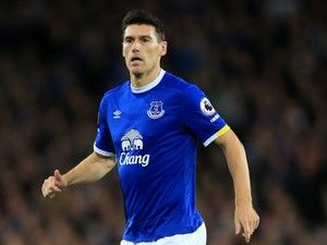 Team News: Gareth Barry, Kevin Mirallas in for Everton