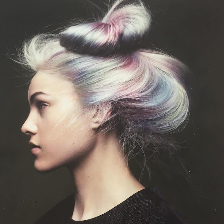 """Opal Hair"" is the Latest Hair Trend Women Are Ending Summer With - My Modern Met"