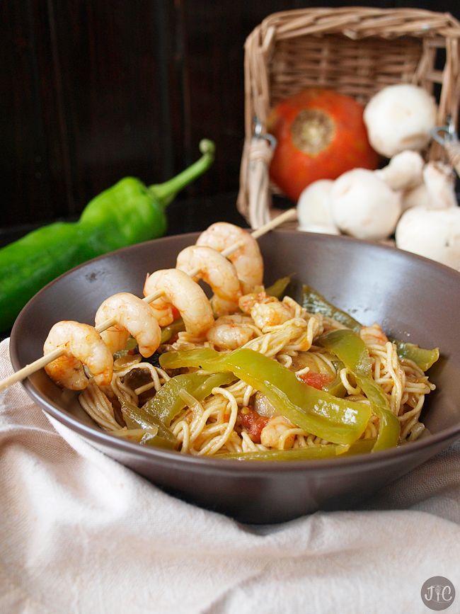 Jaleo en la Cocina: Fideos chinos con gambas, un nuevo plato con toque oriental
