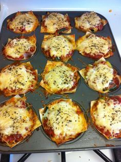 These lasagna cupcakes were such success, not only with how good they were, but how little calories and carbs there were!   Lasagna Cupcak...