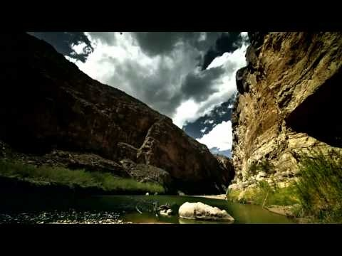 Coahuila de Zaragoza es un estado del Noreste de México y uno de los 31 estados que junto con el Distrito Federal conforman las 32 entidades federativas de México.  Coahuila Limita al norte con el estado de Texas en los Estados Unidos; al este, con Nuevo León; al oeste, con Durango y Chihuahua; y al sur, con San Luis Potosí y Zacatecas. Su ext...