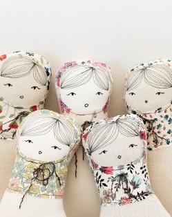 nora & friends via petitealma.comStyle Fabrics, Petitealma, Cheveux Dessinée, Esmeralda Dolls, Fabrics Dolls, Esmeralda Russian, Diy Dolls, Dolls Inspiration, Liberty Fabrics