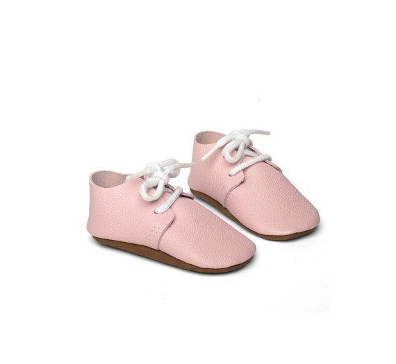 Schoen lederen schoenen handgemaakte roze door lenfantbabyshoes