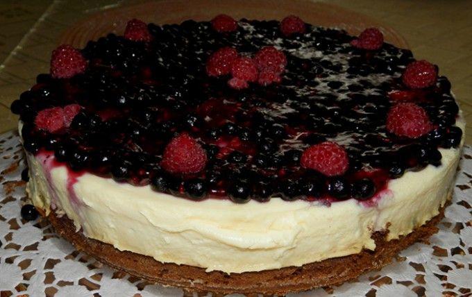 Ovocný dort s vanilkovým krémem | NejRecept.cz