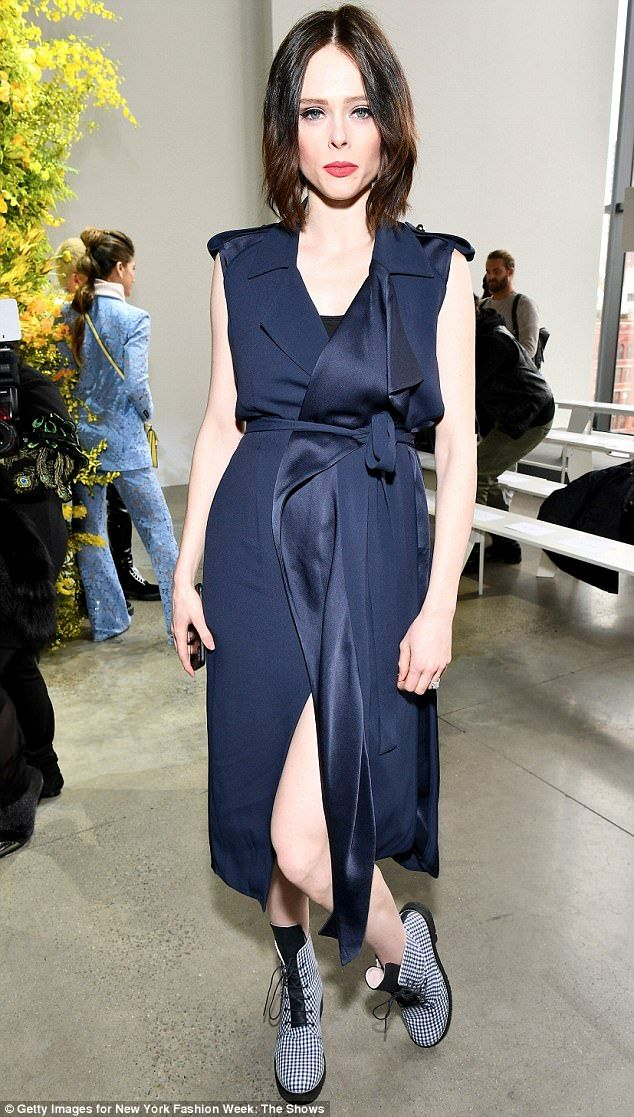Pregnant Coco Rocha puts her belly on display at NYFW | Daily Mail Online