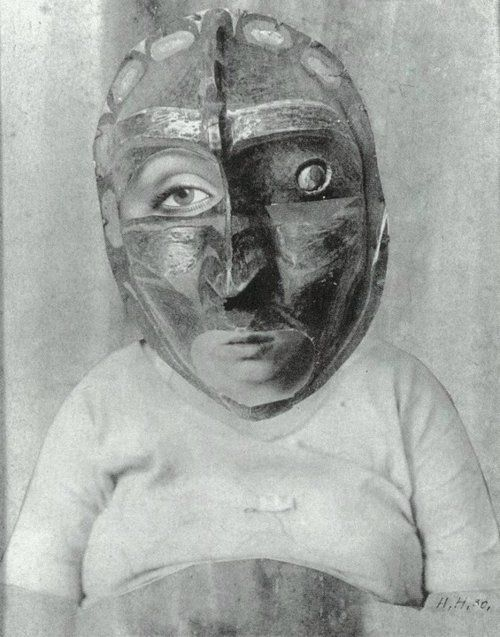 Hannah Hoch. Mutter: From an Ethnographic Museum, 1930. Photomontage.Dada