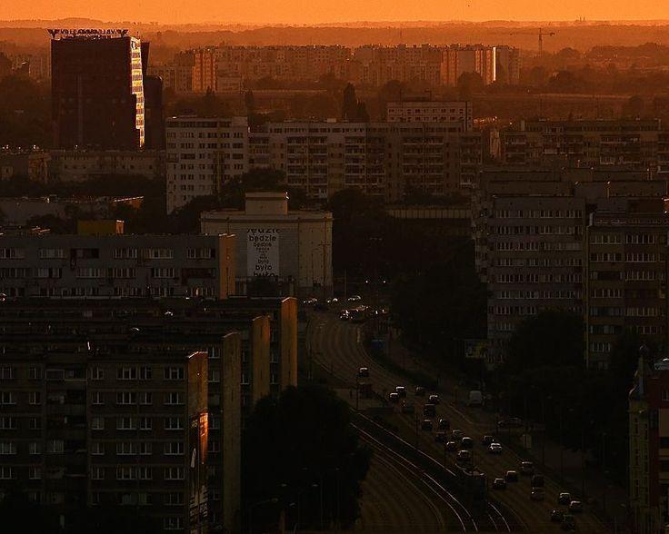 O jak Osiedla  #Ojakwroclaw #alfabetwroclawski #wroclove #wroclaw #wroclovers #wrocław #breslau #vratislavia #wratislavia #igerswroclaw #kochamwroclaw #wro #igerspoland #ig_europe #lubie_polske #lubiepolske #vscocam #vscoeurope #vsco #photooftheday #instagramers #sunset #view #cityline