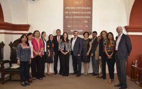 Devela Ayuntamiento Capitalino leyenda por el Centenario de la Constitución Política