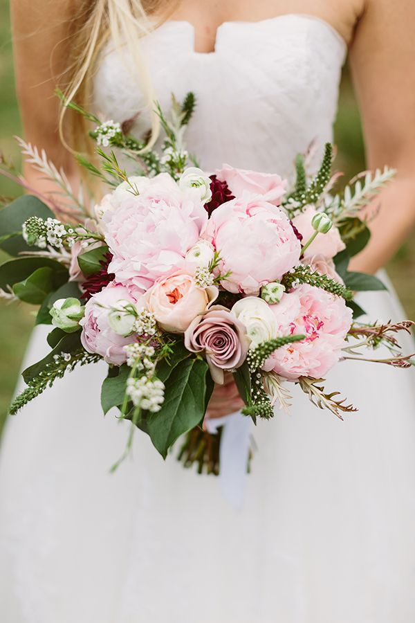 Pink bouquet with hints of peach and burgundy