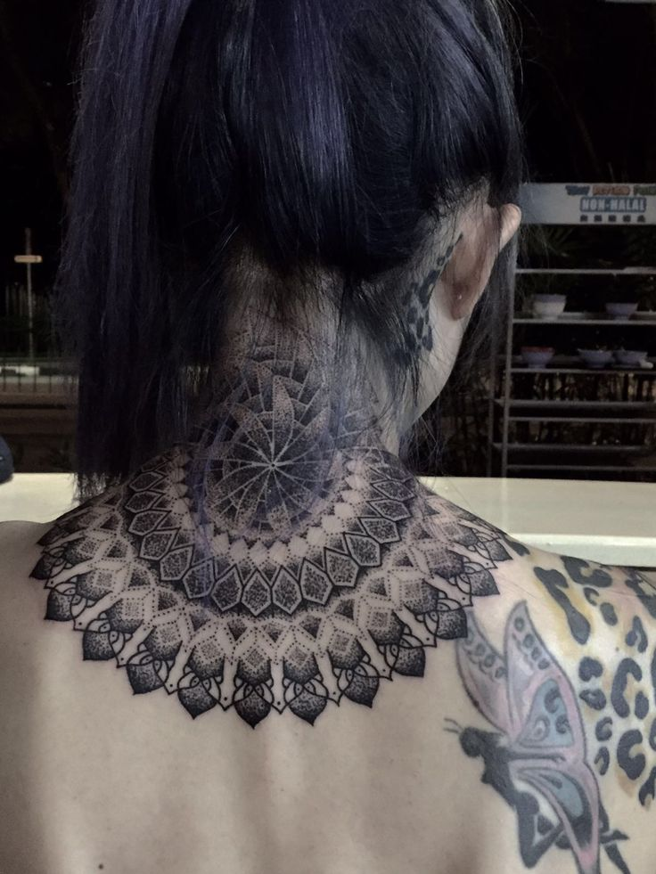 Mandala en cours vers un dossier complet. (Chester Lee, Fatboystattoo, Singapour)   – Tattoo s <3