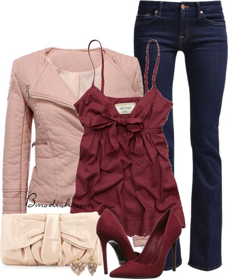 Cool 37 Stylish Valentines Day Outfits Ideas For 2018. More at http://trendwear4you.com/2018/01/02/37-stylish-valentines-day-outfits-ideas-2018/