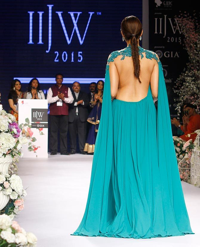 Sonam Kapoor at IIJW 2015