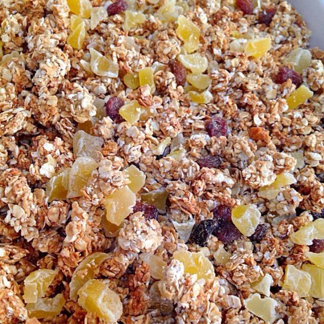 オートミール使用、ノンオイル、蜂蜜、甜菜糖使用。ドライアップル、ノンオイルレーズン入り。 - 20件のもぐもぐ - グラノーラ by okiyo
