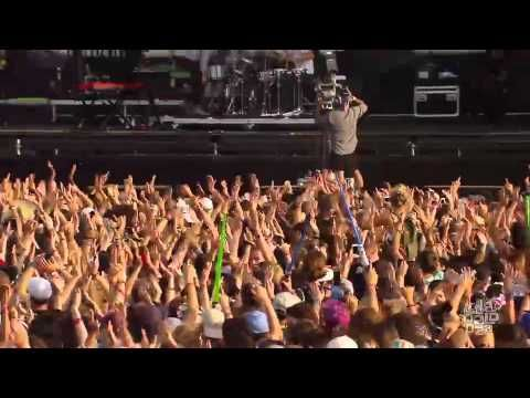 Cold War Kids - Hang Me Up To Dry | Live in San Francisco | Moshcam - YouTube