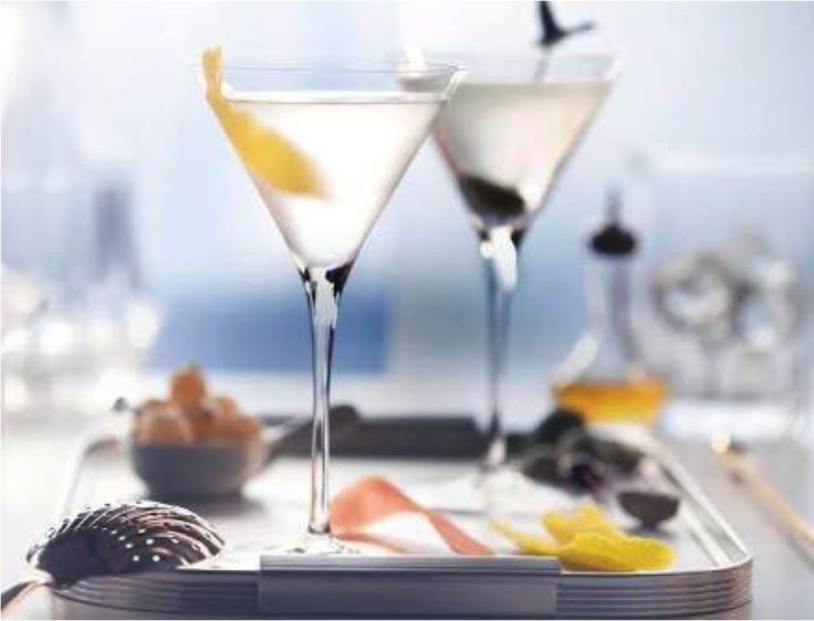 When on vacation, a leisurely brunch is a must. Kiss old-school cocktails goodbye and relish a Grey Goose Martini that combines the spirit of the world's best tasting vodka with a classic favourite that endures through time. #Vacation #Getaway #Travel #Wanderlust #Rewind #GreyGoose