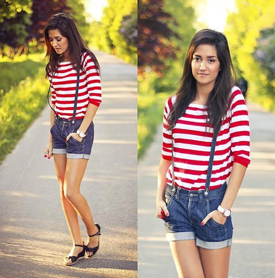 Where S Waldo Sweater