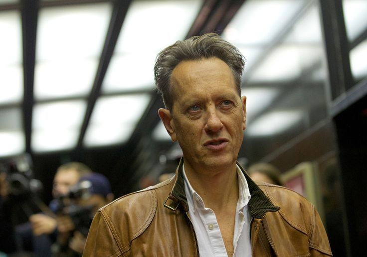 Richard E Grant and Anna Chancellor are to join the cast of Downton Abbey series five, ITV has confirmed.