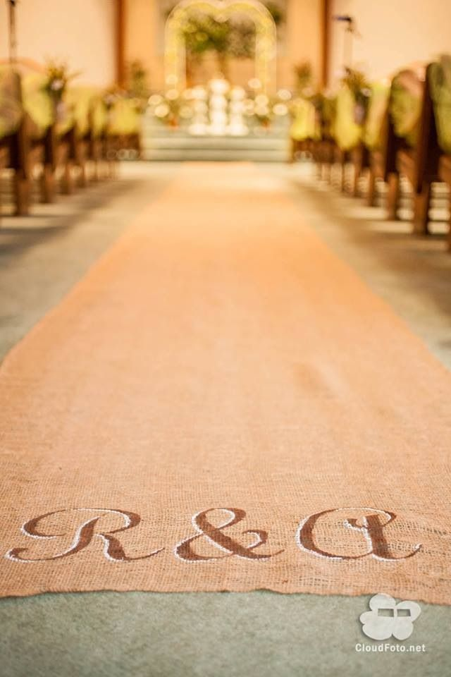 1000 Ideas About Burlap Aisle Runners On Pinterest