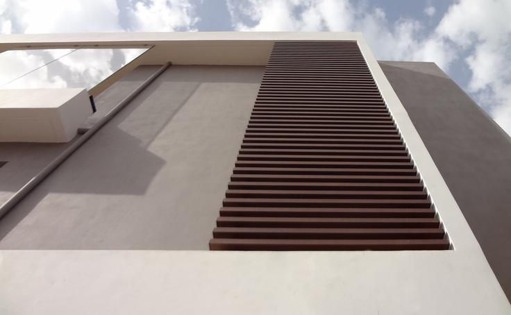 lkmk architects | Varkiza residence