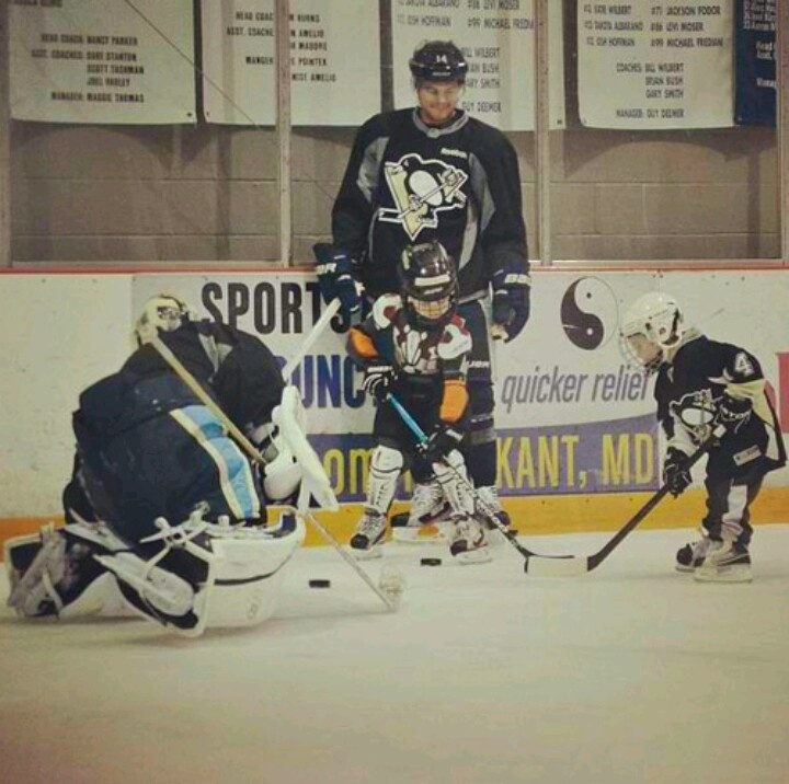 Chris Kunitz with his son Zachary and Craig Adams' son, Rhys. This is ADORABLE!!