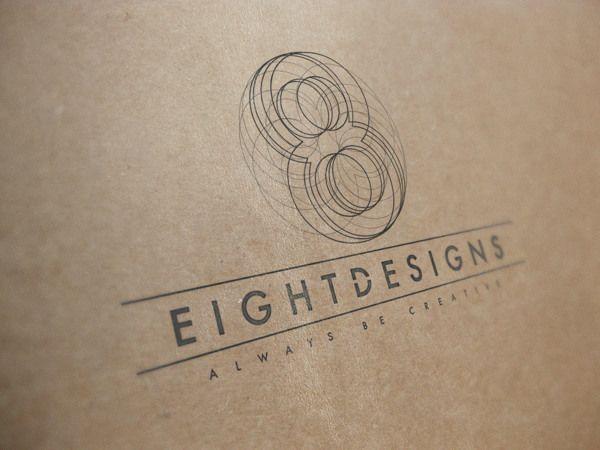 eight designs logo present
