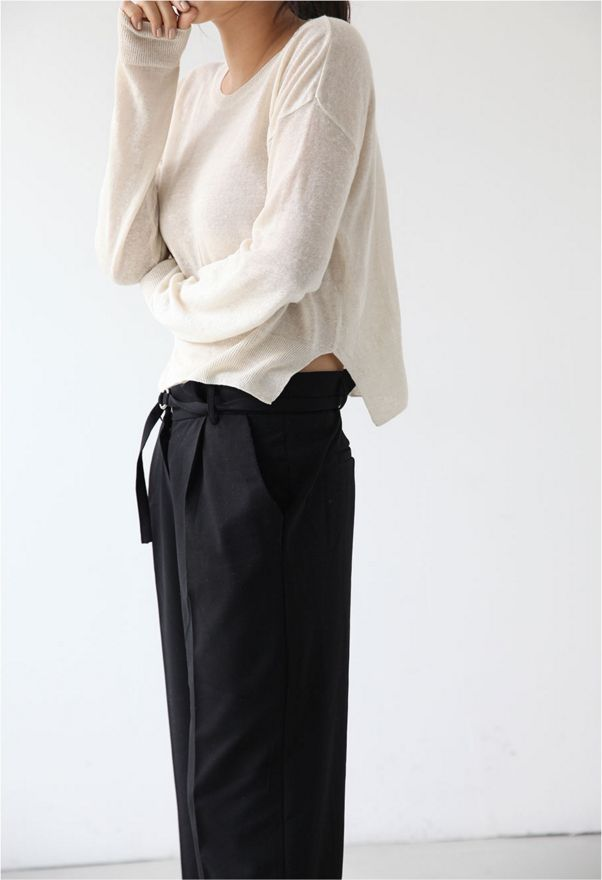 High waisted black trousers / white linen sweater