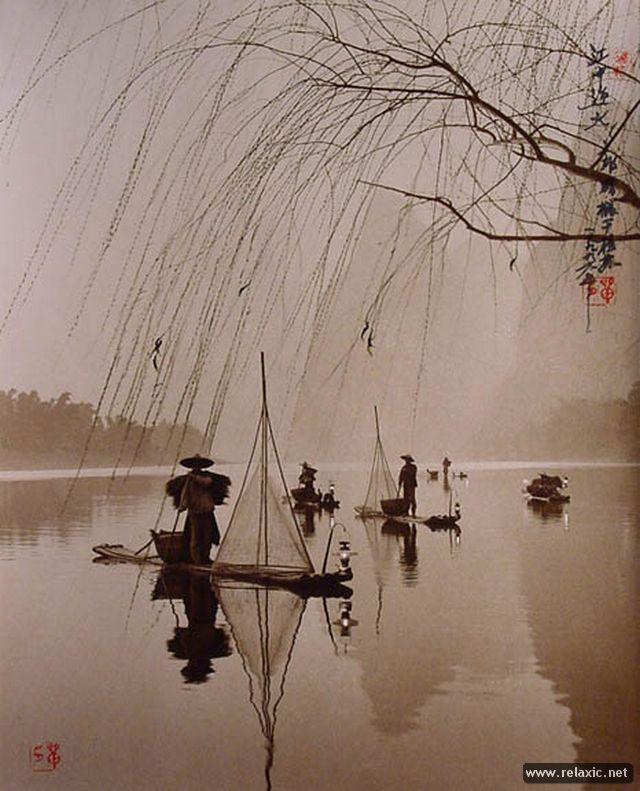 Китайский художник Дон Хонг-Оай (Dong Hong-Oai) (1929-2004) оставил большое художественное наследие, среди которого обнаружились и удивительные фотографии, сделанные им в стиле пикториализма.