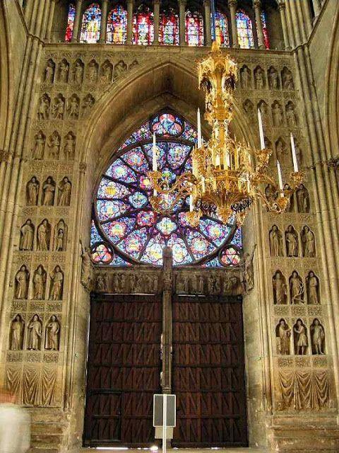 Catedrais Medievais: A catedral de Nossa Senhora de REIMS